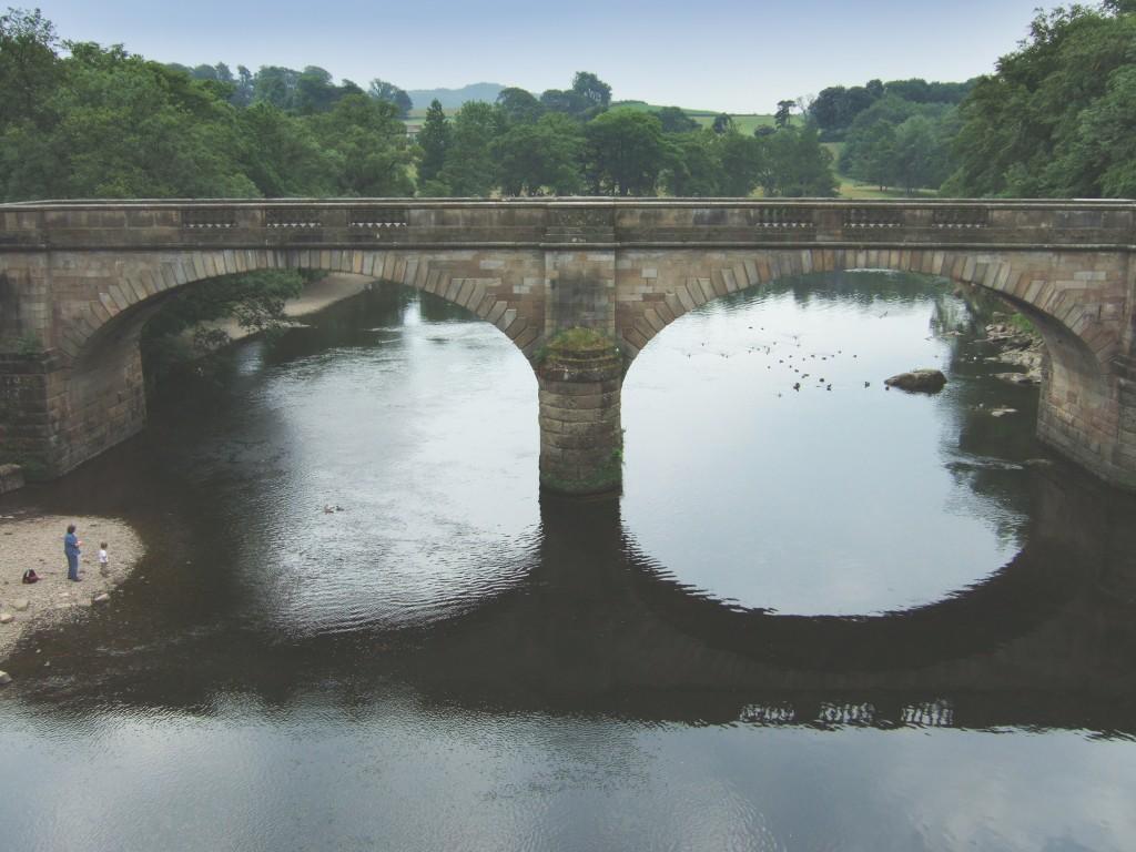 Bridge across the river Lune near Lancaster