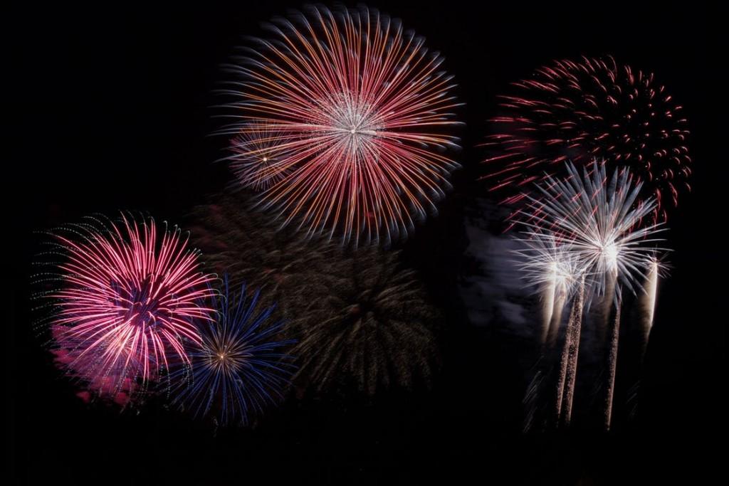 fireworks night sky